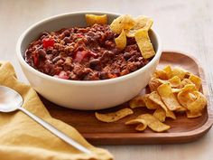 Who doesn't love good chili? Big Bowls of Chili : Food Network