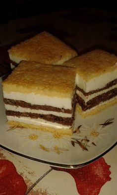Cristina's world: Prajitura fina - dukan style Dukan Diet, I Foods, Coco, Tiramisu, Recipies, Deserts, Sweets, Mousse, Cookies