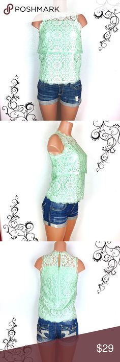 "CREMIEUX mint green sleeveless laced blouse Mint green/sea foam sleeveless laced blouse by Cremieux. Double tiered cut, buttoned keyhole and hidden zipper on the back. Perfect for the office or a nice event. Really pretty top and gorgeous color.    Condition: NWOT, great condition  Size: S Chest: 17 inches  Length: 23"" Fabric: rayon & polyester  🚫trade Daniel Cremieux Tops Blouses"