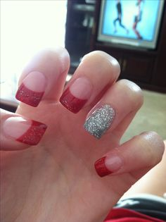 38 Cute Christmas Nail Designs for Women Style Red Nail Designs, Pretty Nail Designs, Pretty Nail Art, Halloween Nail Designs, Christmas Nail Designs, Simple Nail Designs, Halloween Nails, Red Manicure, Red Nails