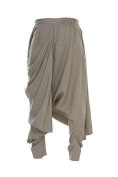 Buy Draped layered pants by Antar Agni- Men at Aza Fashions Dhoti Pants For Men, Patiala Pants, Harem Pants Men, India Fashion Men, Indian Men Fashion, Kurta Men, Mens Sherwani, Mens Fashion Blazer, Suit Fashion