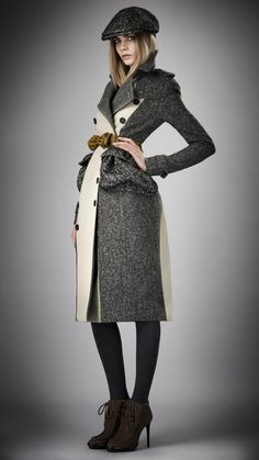 Burberry Prorsum Womenswear Autumn/Winter 2012 : COTTON TWEED TRENCH COAT