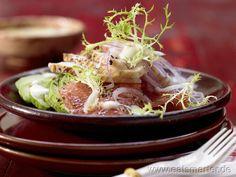 Hähnchensalat mit Avocado mit Grapefruit und Curry-Dressing | Chicken Salad with Avocado (in german)