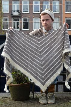 Boneyard - a rather plain shawl by usually extravagant Stephen West- free by westknits