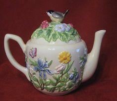 Harry David Tea Post Iris Butterfly Bird Roses Ladybug Relief Lmt Ed Lid RARE FS - Other Tea Pots & Tea Sets