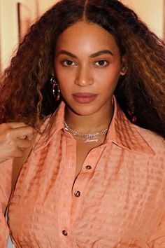 Picture of Beyoncé Knowles Estilo Beyonce, Beyonce Style, Beyonce Knowles Carter, Beyonce And Jay Z, Destiny's Child, Angelina Jolie, King B, Divas, Elisabeth Ii
