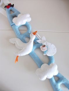 Storch mit Baby aus Filz, felt stork with baby, kapı süsü... by cicişeylerdükkanı, via Flickr