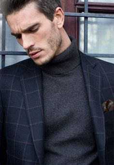Elegant man's fashion wear, dark blue suit with classy gray turtle neck Mens Fashion Wear, Blazer Fashion, Men's Fashion, Mens Turtleneck, Elegant Man, Roll Neck, Looks Style, Gq Style, Well Dressed Men