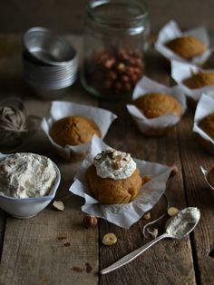 Pumpkin muffins with cashew vanilla frosting