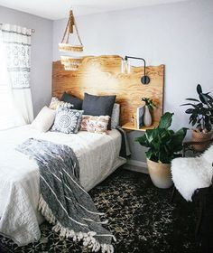Mixed Textures | Bohemian Bedroom Ideas To Inspire You This Fall