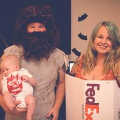 Castaway | 21 Clever Halloween Costumes For Lazy Groups