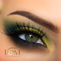 For today I have an amazing collection of 15 bold and dramatic eye makeup ideas that will leave you speechless. It is time to complete your lovely look with a Dramatic Eye Makeup, Beautiful Eye Makeup, Dramatic Eyes, Cute Makeup, Pretty Makeup, Makeup Looks, Makeup Inspo, Makeup Inspiration, Makeup Ideas
