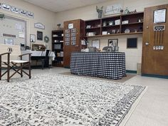 See how this grade history teacher from North Georgia transformed her classroom using a black and white theme with farmhouse style décor. High School Classroom, Classroom Setup, Classroom Design, Future Classroom, Classroom Organization, Classroom Routines, Mohawk Home, Classroom Inspiration, Farmhouse Style Decorating