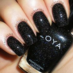 Black glitter nails designs do not lose their popularity. We have created a photo gallery where you can find glam nail art ideas in black.