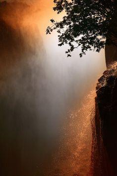 Victoria Falls, Zambia. BelAfrique