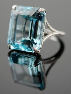 Platinum Diamond & Aquamarine Ring - Yafa Jewelry
