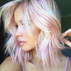 Blorange. A cor que está fazendo o maior sucesso para os cabelos femininos em 2017.