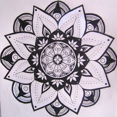 Mandala Designs, whataragasukudoes: Sooo I'm back. With some...