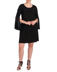 a3691977473 Women s Plus Size Solid Bell Sleeve Scoop Neck Dress