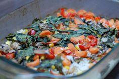 FOTORECEPT: Zeleninové pečené rizoto Salsa, Ethnic Recipes, Food, Red Peppers, Essen, Salsa Music, Meals, Yemek, Eten