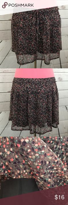 American Eagle Floral Lined Skater Skirt American Eagle Floral Lined Midi Skirt  Lined, drawstring waist  Size Medium American Eagle Outfitters Skirts Circle & Skater