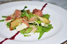 Uma pitanga na cozinha: Salada Especial com Pera assada e Vinagrete de Amoras