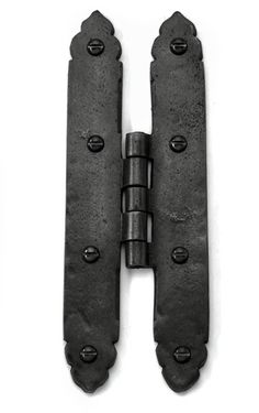 Louis Fraser 505 Large H Hinges - Black Finish - These Louis Fraser 505 Large H Hinges look great and are fully functional. Ideal to coordinate with the rest of our black finish range. Cast Iron, It Cast, Gate Hinges, Door Furniture, Knobs And Handles, Door Knobs, Blacksmithing, Hand Guns, Rest