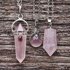 "astroalive: "" Taurus Your birthstone is Rose Quartz, the ""Stone of Gentle Love"". Its color can vary from a soft pink to a golden-white. Rose Quartz has a very gentle energy and is associated with the. Cute Jewelry, Boho Jewelry, Jewelry Box, Jewelry Accessories, Fashion Accessories, Jewelry Design, Jewelry Making, Jewellery, Vintage Accessories"
