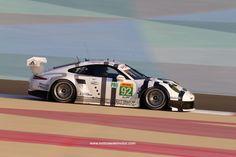 Tras ganar su cuarta carrera consecutiva, Porsche dio un paso importante en la batalla por el Campeonato del Mundo de Resistencia de la FIA (WEC) y, ahora, lidera ambas clasificaciones, la de Constructores y la de Pilotos. El innovador Porsche 919 Hybrid ganó las Seis Horas de Fuji bajo la conducción del alemán Timo Bernhard,...