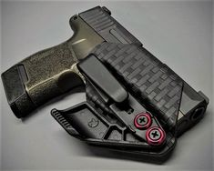 Sig P365 Minimalist Holster Best Iwb Holster, Kydex Holster, Weapons Guns, Guns And Ammo, Black Magazine, Firearms, Shotguns, The Draw, Concealed Carry