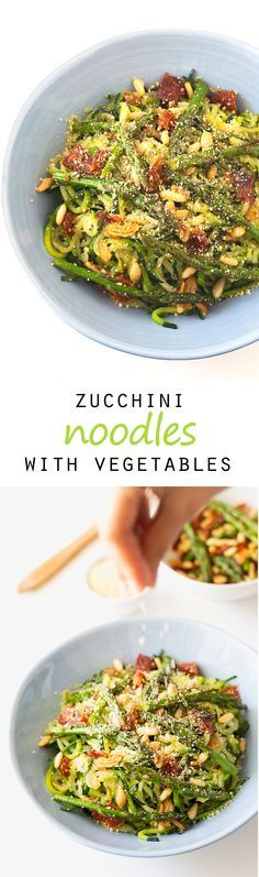 Zucchini noodles with vegetables. I've never cooked zoodles before. I know raw zucchini is more nutritious, but I'm in love with this delicious recipe!