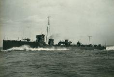 Tutte le dimensioni  An Acheron Class destroyer at sea   Flickr – Condivisione di foto!