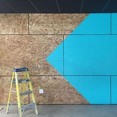 Work in progress on this hand-painted OSB wrapped lobby for BriteLab. Osb Plywood, Plywood Walls, Shed Office, Garden Office, Cafe Design, Küchen Design, Interior Design, Boutique Interior, Painted Osb