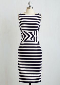This knit sheath dress puts a unique spin on nautical style that's simply impossible to top! Premiering pointed panels that intersect at the waistline, this navy-and-white striped frock is edgy, fun, and sophisticated all at once. Mod Dress, Dress Skirt, Dress Up, Sheath Dress, Bodycon Dress, Fashion Details, Fashion Design, Retro Vintage Dresses, Nautical Fashion