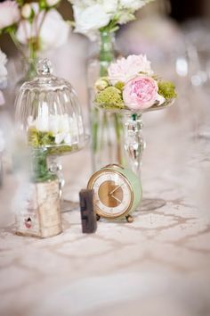 orologio centrotavola | clock centerpiece | Cinderella wedding | Un matrimonio da favola: Cenerentola http://theproposalwedding.blogspot.it/