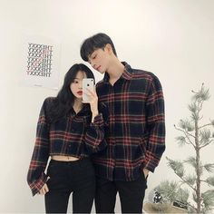 Official Korean Fashion : Korean Accessories and Hairstyles 2017 Korean Fashion Ulzzang, Ulzzang Korean Girl, Ulzzang Couple, Korean Outfits, Swag Couples, Cute Couples Goals, Matching Couple Outfits, Matching Couples, Street Jeans