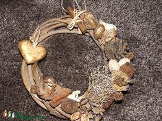 Natúr ragyogás.Kopogtató (belladekor) - Meska.hu Grapevine Wreath, Grape Vines, Wreaths, Decor, Nature, Decoration, Door Wreaths, Vineyard Vines, Deco Mesh Wreaths