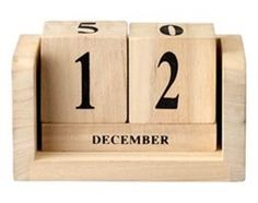 http://img5.shmbk.pl/rimgspr/17410355_pad_253_200_dla-domu-do-biura-gadzety-na-biurko-kalendarz-drewniany-bloomingville.jpg?scale=canvas