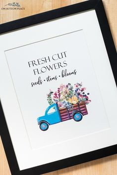 Free Printable Wall Art for Summer! Just print and frame! Inspired by the fresh flowers found at summer farmers markets. #printable #farmersmarket #flowers #freeprintable #wallart #walldecor