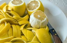 Most people don't know this, but almost half of the beneficial nutrients in lemons are contained in the peel and can be used to cure joint pain.