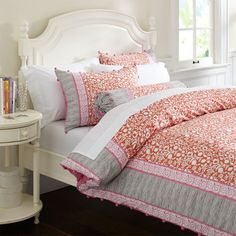Driven By Décor: Pink and Orange for a Girl's Bedroom