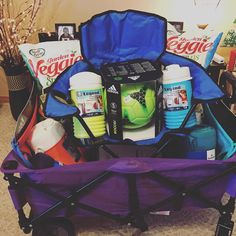 """Soccer Sibling Survival Kit - For the little fans on the sidelines."" Silent auction basket for soccer fundraiser! Summer Gift Baskets, Gift Baskets For Men, Themed Gift Baskets, Fundraiser Baskets, Raffle Baskets, Silent Auction Baskets, Boyfriend Gift Basket, Soccer Gifts, School Auction"