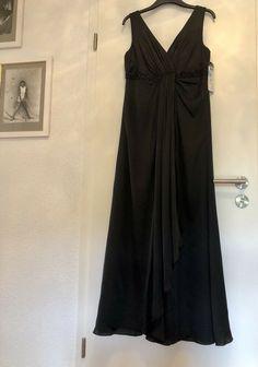 c58ad1a40b6 Damen Maxi Kleid Vera Mont Gr. 40 schwarz NEU!! Abendkleid Steinchen  damen   kleider  trend  freu  mode