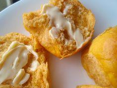 Pumpkin Dinner Rolls- these look so good!