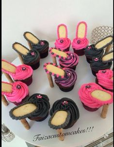 Stiletto cupcakes High Heel Cupcakes, Stiletto Cupcakes, Shoe Cupcakes, Yummy Cupcakes, Cupcake Cakes, Cup Cakes, Birthday Cupcakes, Beautiful Cakes, Cake Recipes