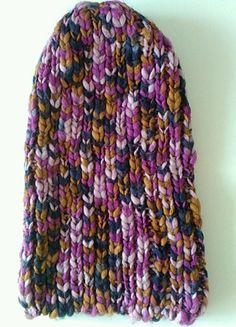 À vendre sur #vintedfrance ! http://www.vinted.fr/accessoires/bonnets/55334151-bonnet-en-laine-multicolore-benetton-neuf