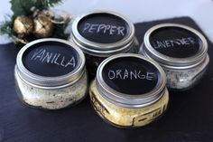 Giftable flavored salts for the holidays. http://blog.freepeople.com/2012/12/giftable-recipes-flavored-finishing-sea-salts/