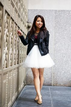 50 Summer Concert Outfit Ideas To Plan For The Festivals Day Date Outfits, Summer Holiday Outfits, Winter Mode Outfits, Winter Dress Outfits, Summer Outfits Women, Winter Fashion Outfits, Grey Prom Dress, Wedding Dress Chiffon, White Wedding Dresses