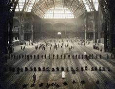 Les poilus en 1914 dans le Grand Palais transformé en hôpital de guerre