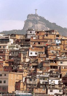 Rio de Janeiro favela - Morro da Coroa ( Coroa slum ) at Santa Teresa quarter, Brazil - Christ the Redeemer and Corcovado mountain in the background. Rio Brazil, Brazil Carnival, Christ The Redeemer Brazil, Favelas Brazil, Beautiful World, Beautiful Places, Brazil Travel, Cities, Slums